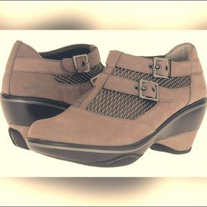 JAMBU Sylvie Style Ankle booties w buckle size 7M